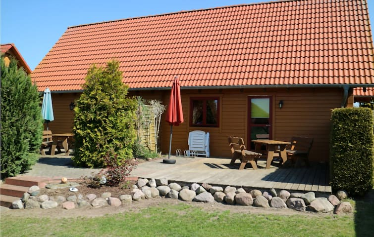 Stunning home in Klink-Sembzin with WiFi and 2 Bedrooms