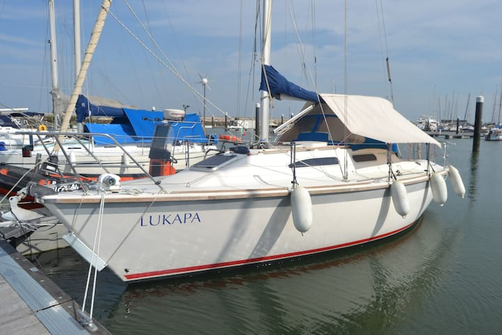 Stay on a Sailboat in Lisbon - 2 pax