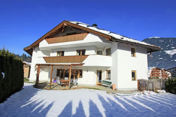 Spacious Apartment in Kaltenbach with Garage