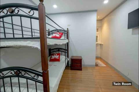 New!! (Good for 2 pax w/ AC and private bathroom)