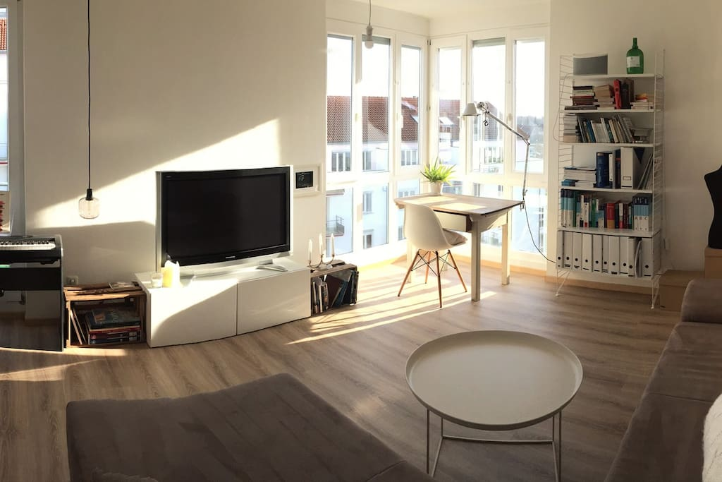 Helle 2 zimmer wohnung mit wohlf hlatmosph re for Augsburg apartments for rent