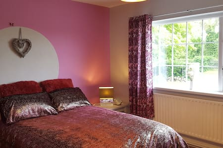 Paulines Place in the heart of Ireland