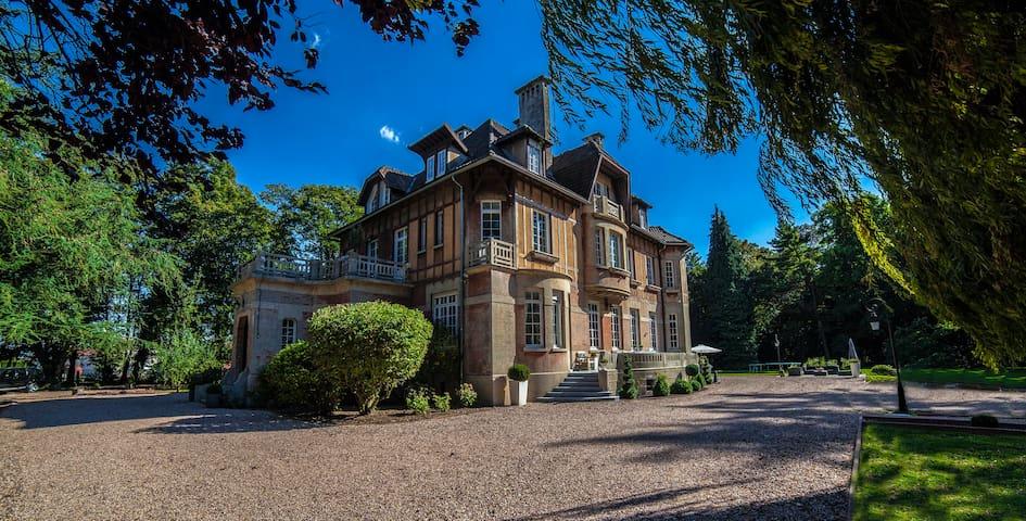 Le Château - Chambre Harmonie - Fresnoy-en-Gohelle - Bed & Breakfast