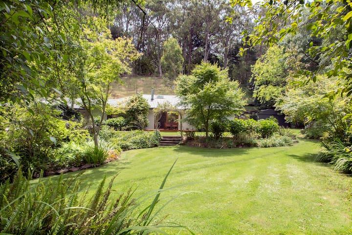 Stunning contemporary home in exquisite garden