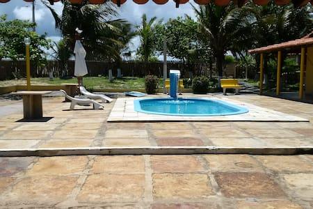 Quartos, Suites e Chales na Praia do Coqueiro - Luís Correia - Pension