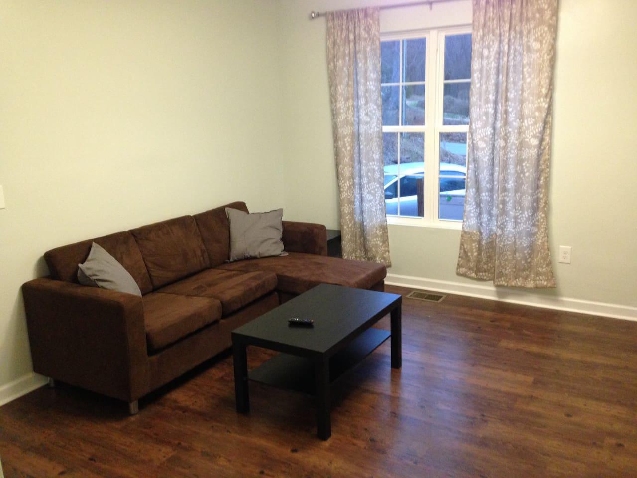 modern quiet 2br apartment