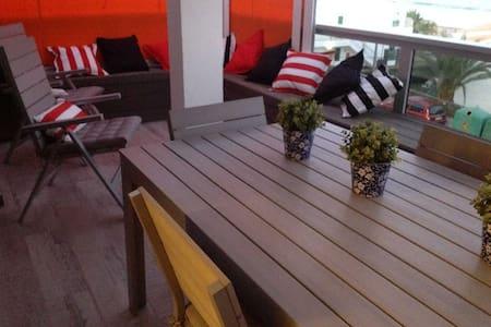Apartamento en playa de las Burras