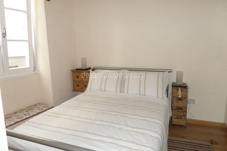 Ensuite Bedroom, fabulous - Gibraltar