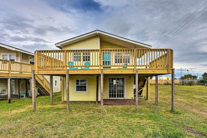 NEW! Airy Oceanside Home w/ Deck - Steps to Beach!