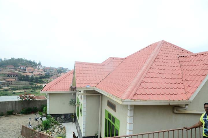 KIBAGABAGA HOME IN