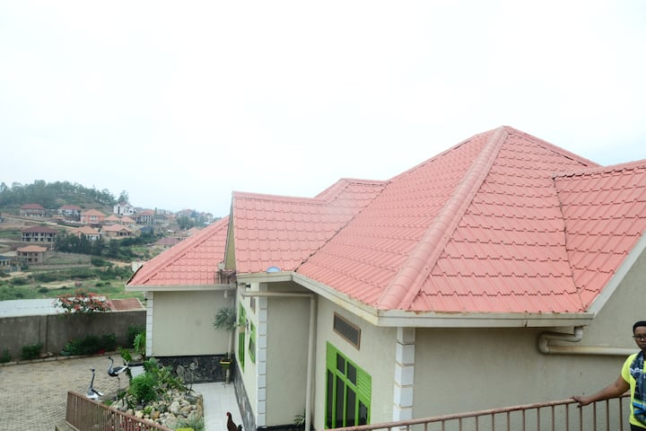 KIBAGABAGA HOME IN