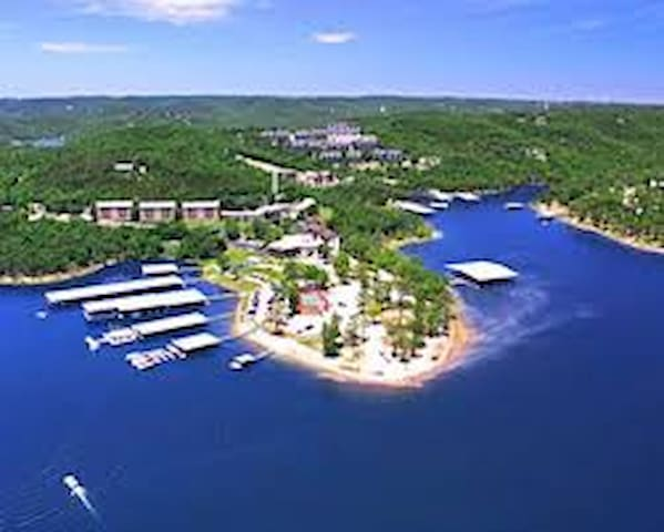 Resort in heart of Ozarks on Table Rock Lake