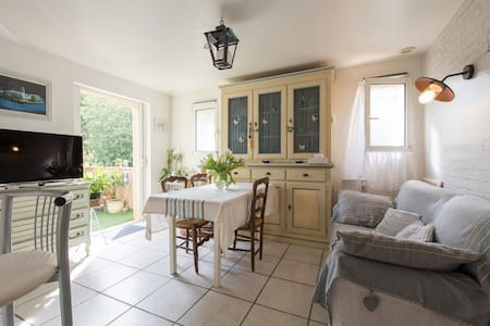 Chambre chaleureuse à Saint-Tropez - Saint-Tropez - Leilighet