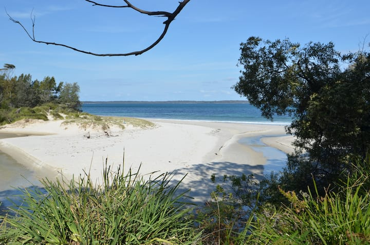 Dolphin Place in Callala Bay - Property one realty