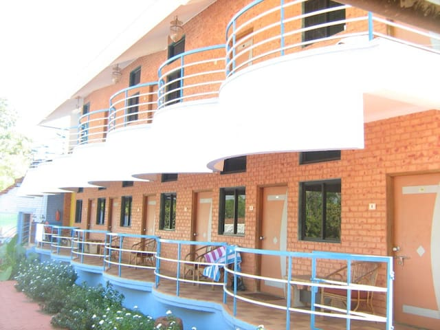 Комната в отеле в Арамболе - Arambol - Dom