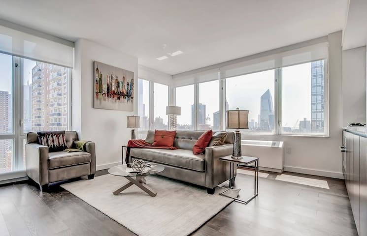 Gorgeous 1BR | Washer/Dryer | Heart of Midtown