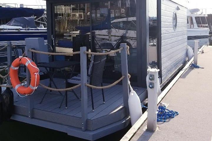 Hausboot Paulada Mare I