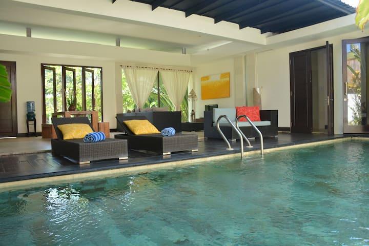 Frangipani villa 2 Sanur Beach