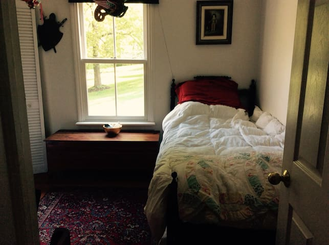 Room on the River in Hunterdon County