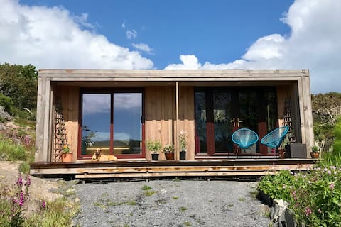 Goleen Harbour Eco Cabin, great for couples !