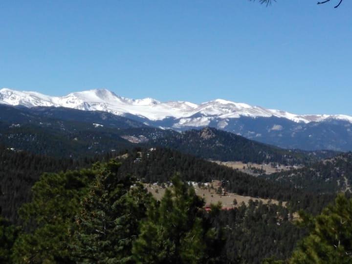 Himmelhaus Mountain Panorama. 3 mi. from town