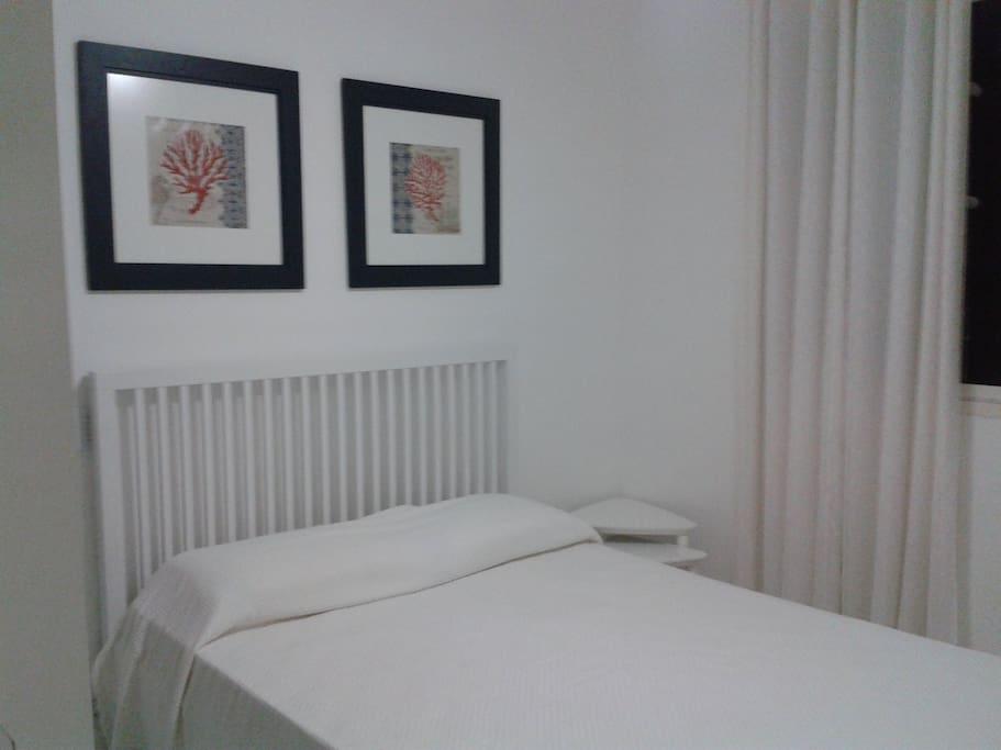 Este quarto, de casal, é uma suite
