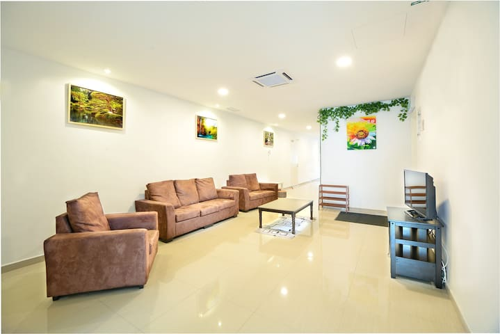 4-Bedrooms Apartment (Evergreen Themed) - Mersing