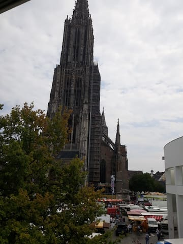 Wake up with a direct view of the Ulmer Münster