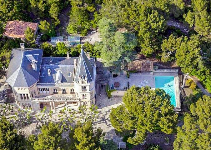 Chateau Vaucluse