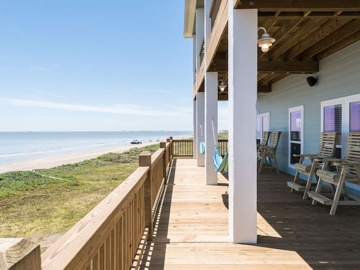 Beach Breeze, Ocean Front, Crystal Beach, Bolivar, Texas, Dog Friendly