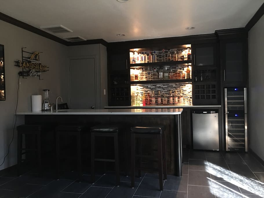 Wet bar for entertaining