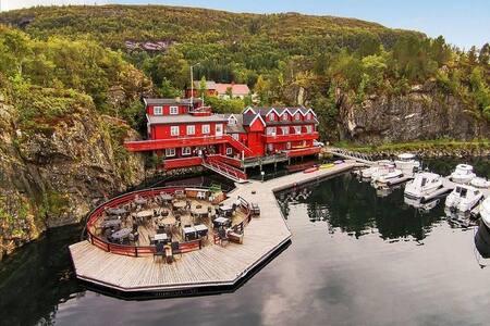 Historical Sea House, Middle Norway - Stokksund