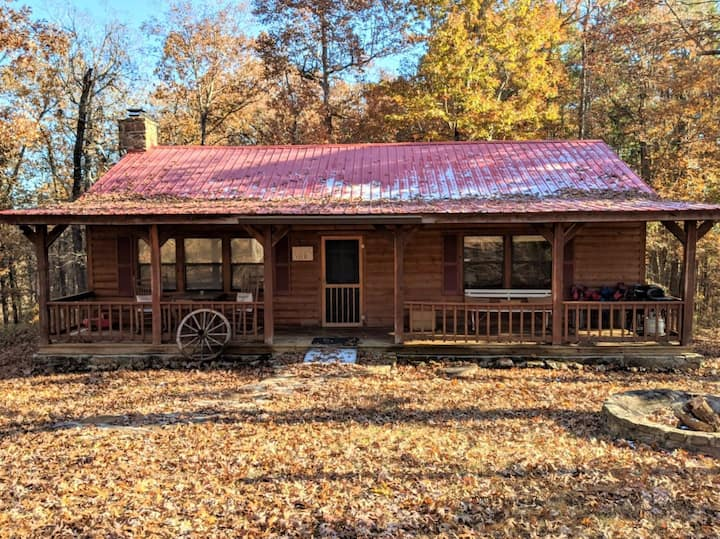 Blanchard Cabin in the Woods ~ Wheelchair Accessible Privacy