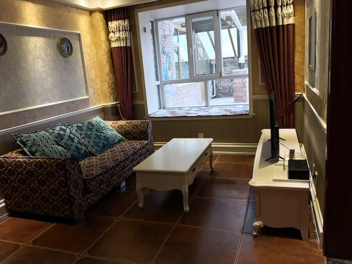 宿选美式装修小公寓