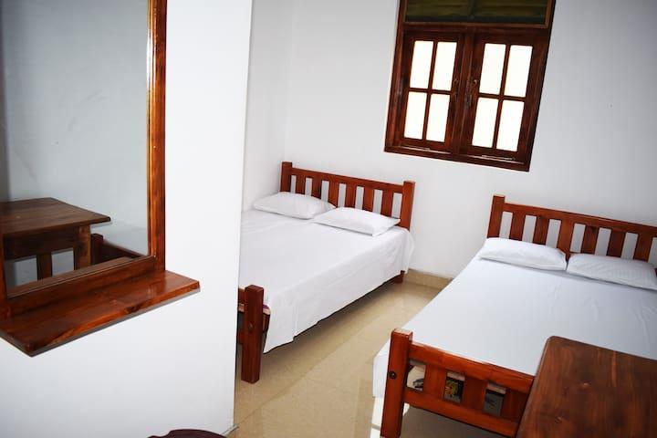 Shanuka Guesthouse Room #2