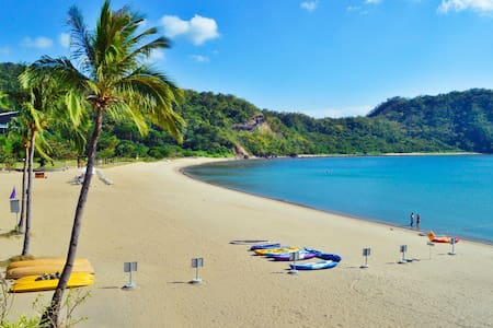 Pico de Loro Beach & Country Club - Nasugbu - Apartament