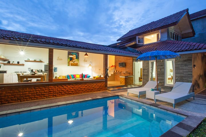 -35% Stunning 2BR villa private pool canggu south