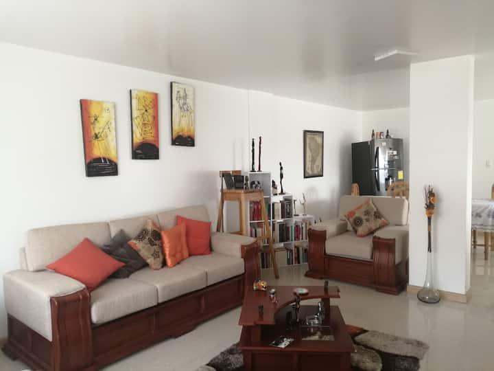 Habitación para turistas extranjeros y estudiantes