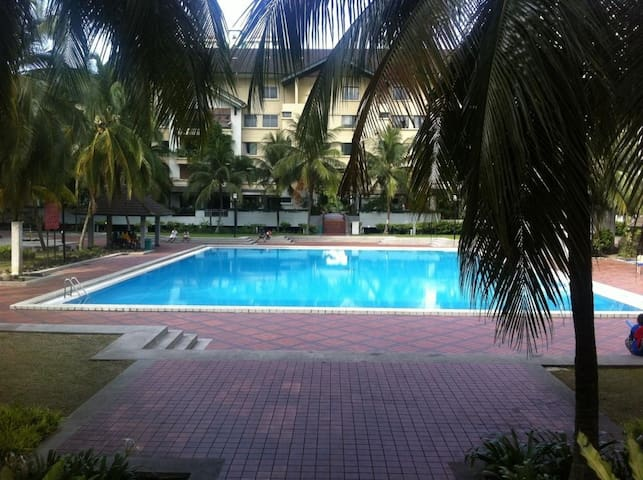 Cheap Rooms Available in KL, Green Environment