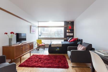 CLERKENWELL STUDIO IN ICONIC BLOCK - London - Apartment