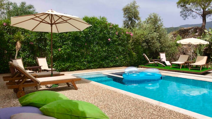 Olive Grove Villa; peaceful retreat near Marmaris