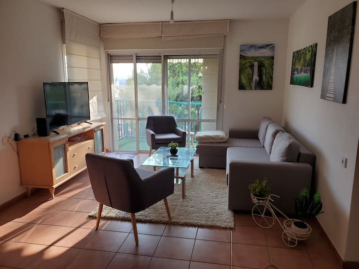 Beautiful and cozy garden apt in Zichron Yaakov