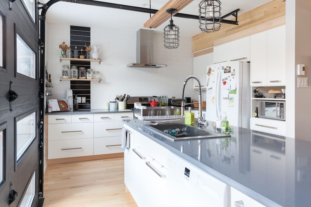 Huge kitchen, gas stove, dishwasher. We love to cook, and this kitchen is built for it.