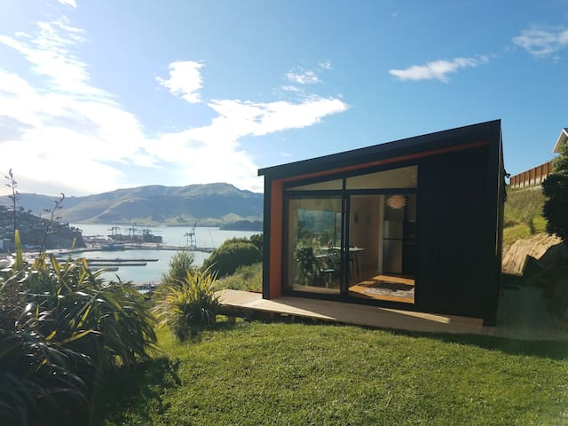 Harbour Escape - tiny home in Lyttelton