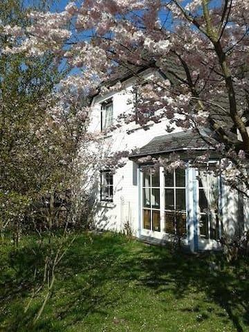 Ein Zimmer im Haus - Kiel