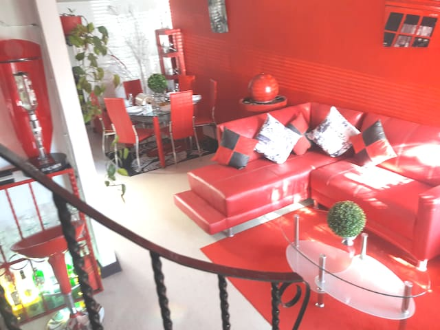Villa Hunest un espacio elegante, seguro y comodo.