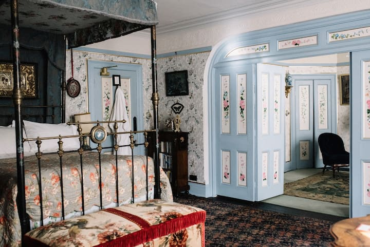 Unique Victorian seaside Villa -Mr Parry's Room