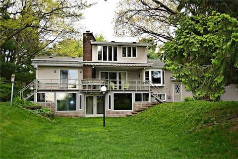 Altoona Lake House