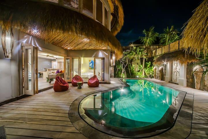 3BR Luxury Villas Merci Resort Seminyak #2