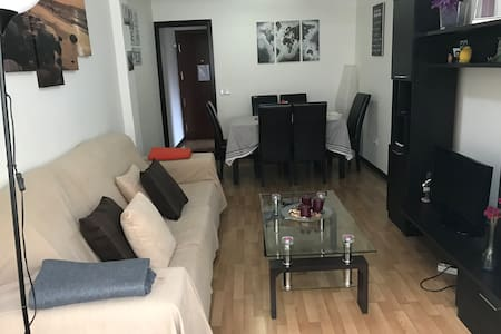 BEAUTIFUL APARTMENT IN MÓSTOLES WITH WIFI